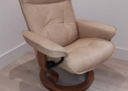 Stressless chair